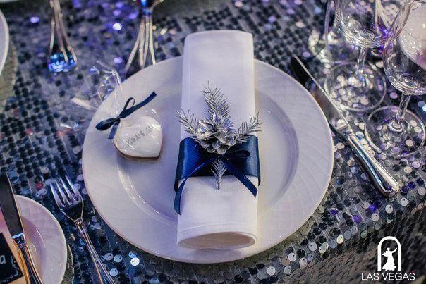Декор-салфетки-на-зимней-свадьбе
